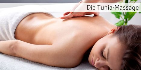 Tunia-Massage Frau Titelbild